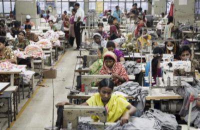 Garment production Bangladesh – benefits of wholesale clothing purchases